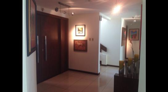 Casa en Alquiler AVENIDA BENI PASANDO EL 5 ANILLO,  CONDOMINIO LA HACIENDA II Foto 34