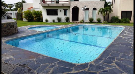 Casa en Alquiler Condominio JARDINES DEL URUBO  Foto 16