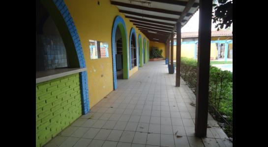 Casa en Alquiler Calle Ernesto Monasterio entre C/Los Mángales y Juan Latino, dentro el primer anillo de circunvalacion- Warnes Foto 11