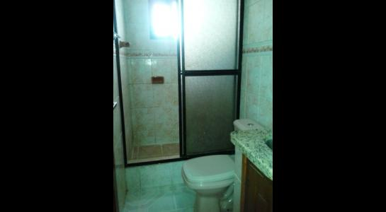 Casa en Alquiler ALEMANA ENTRE 5TO Y SEXTO ANILLO FRENTE A BIBLIOTECA MUNICIPAL TODO CON ASFALTO. Foto 14