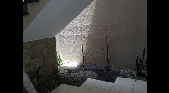 Casa en Alquiler Avenida Centenario 2 cuadras pasando 3er anillo hacia el 4º Foto 3