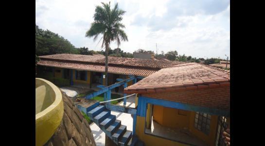 Casa en Alquiler Calle Ernesto Monasterio entre C/Los Mángales y Juan Latino, dentro el primer anillo de circunvalacion- Warnes Foto 5