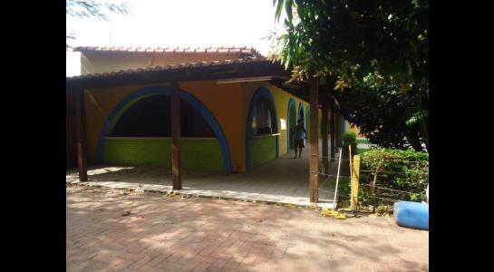 Casa en Alquiler Calle Ernesto Monasterio entre C/Los Mángales y Juan Latino, dentro el primer anillo de circunvalacion- Warnes Foto 12