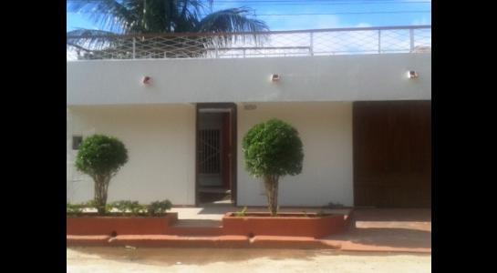 Casa en Alquiler ALEMANA ENTRE 5TO Y SEXTO ANILLO FRENTE A BIBLIOTECA MUNICIPAL TODO CON ASFALTO. Foto 13
