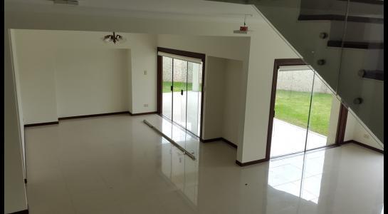 Casa en Alquiler Condominio JARDINES DEL URUBO  Foto 24