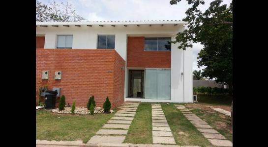 Casa en Alquiler Urubo, condominio Costa los Batos del urubo Foto 3
