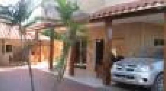Casa en Alquiler  Av. Montecristo, por la doble vía a Cotoca. Finalizando el asfalto frente al hospital municipal Foto 4