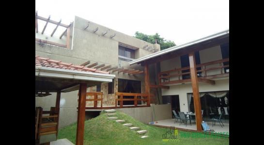 Casa en Alquiler Barrio Norte de Santa Cruz Foto 3