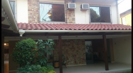 Casa en Alquiler AVENIDA BUSH Foto 2