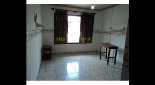 Casa en Alquiler Av. Melchor Pinto y 2do anillo. Foto 10