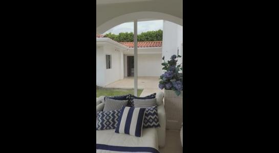 Casa en Alquiler .COLINAS DEL URUBO 2 Foto 2