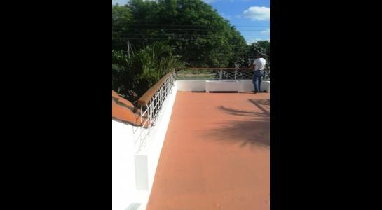 Casa en Alquiler ALEMANA ENTRE 5TO Y SEXTO ANILLO FRENTE A BIBLIOTECA MUNICIPAL TODO CON ASFALTO. Foto 3