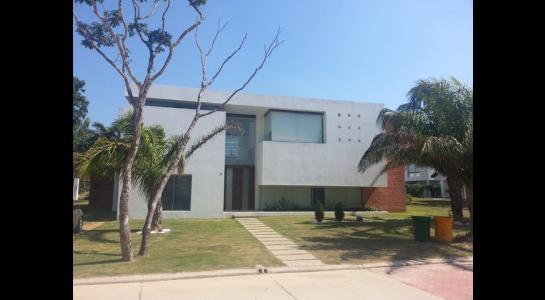 Casa en Alquiler Urubo, condominio los Batos del urubo Foto 14