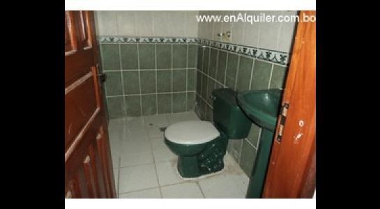 Casa en Alquiler Av. Roca y Coronado 3 er anillo Foto 6
