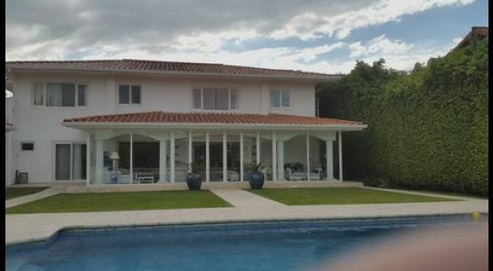 Casa en Alquiler .COLINAS DEL URUBO 2 Foto 3