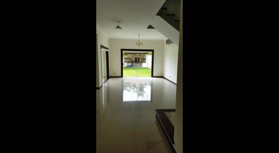 Casa en Alquiler Condominio JARDINES DEL URUBO  Foto 4