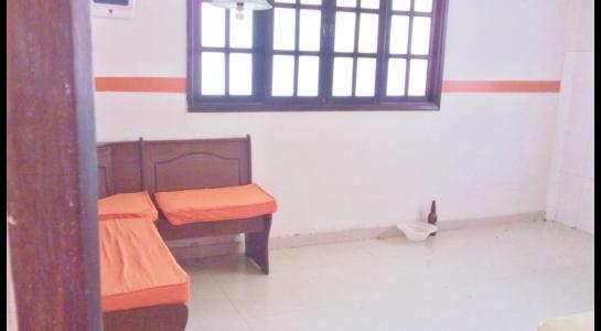 Casa en Alquiler CASA EN ALQUILER PARA OFICINA O VIVIENDA ENTRE 2DO. Y 3ER. ANILLO PROXIMO AV. PARAGUA Foto 5