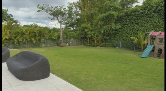 Casa en Alquiler .COLINAS DEL URUBO 2 Foto 5