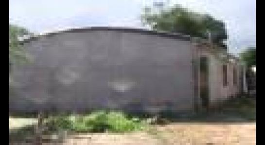 Casa en Alquiler  Av. Montecristo, por la doble vía a Cotoca. Finalizando el asfalto frente al hospital municipal Foto 5