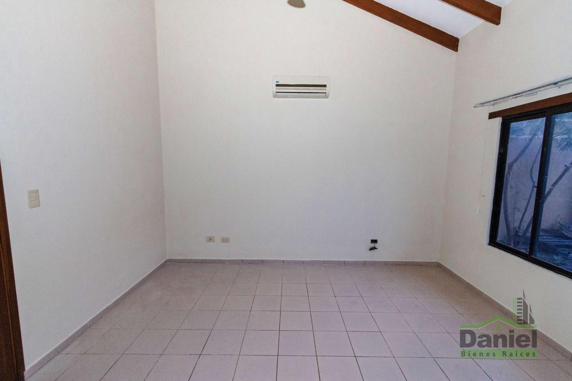 Casa en Venta CASA GRANDE ENTRE 4TO Y 5TO ANILLO RADIAL 27 Foto 6