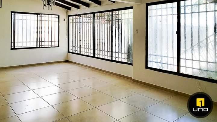 Casa en Alquiler BARRIO EQUIPETROL Foto 13