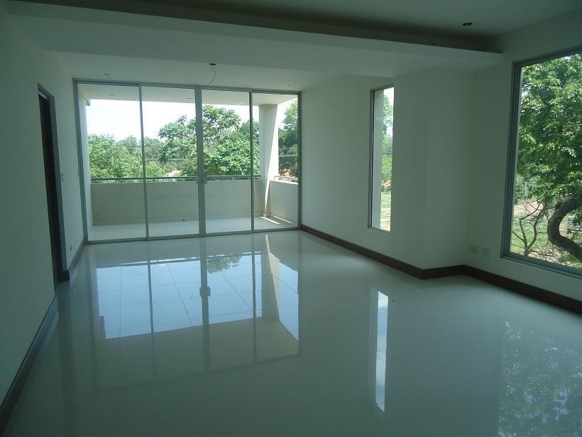 Departamento en Venta Condo Taruma  3 Dormitorios duplex ( A 1 CUADRA DE LA ROQUE Y CORONADO  4 anillo) Foto 4
