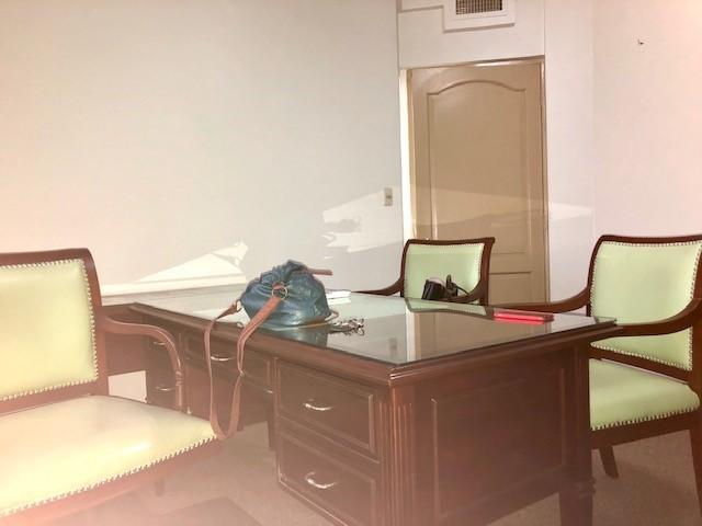 Oficina en Alquiler AVENIDA MONSEÑOR RIVERO  Foto 3