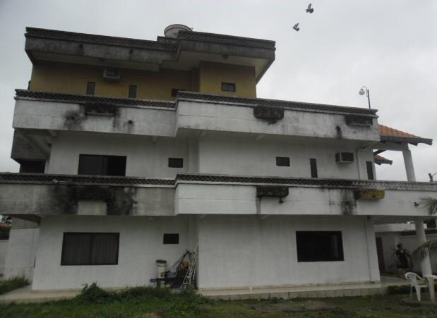 Casa en Venta Barrio magisterio sur zona Palmasola. 8 vo anillo. Un 185 me. 28 Foto 2
