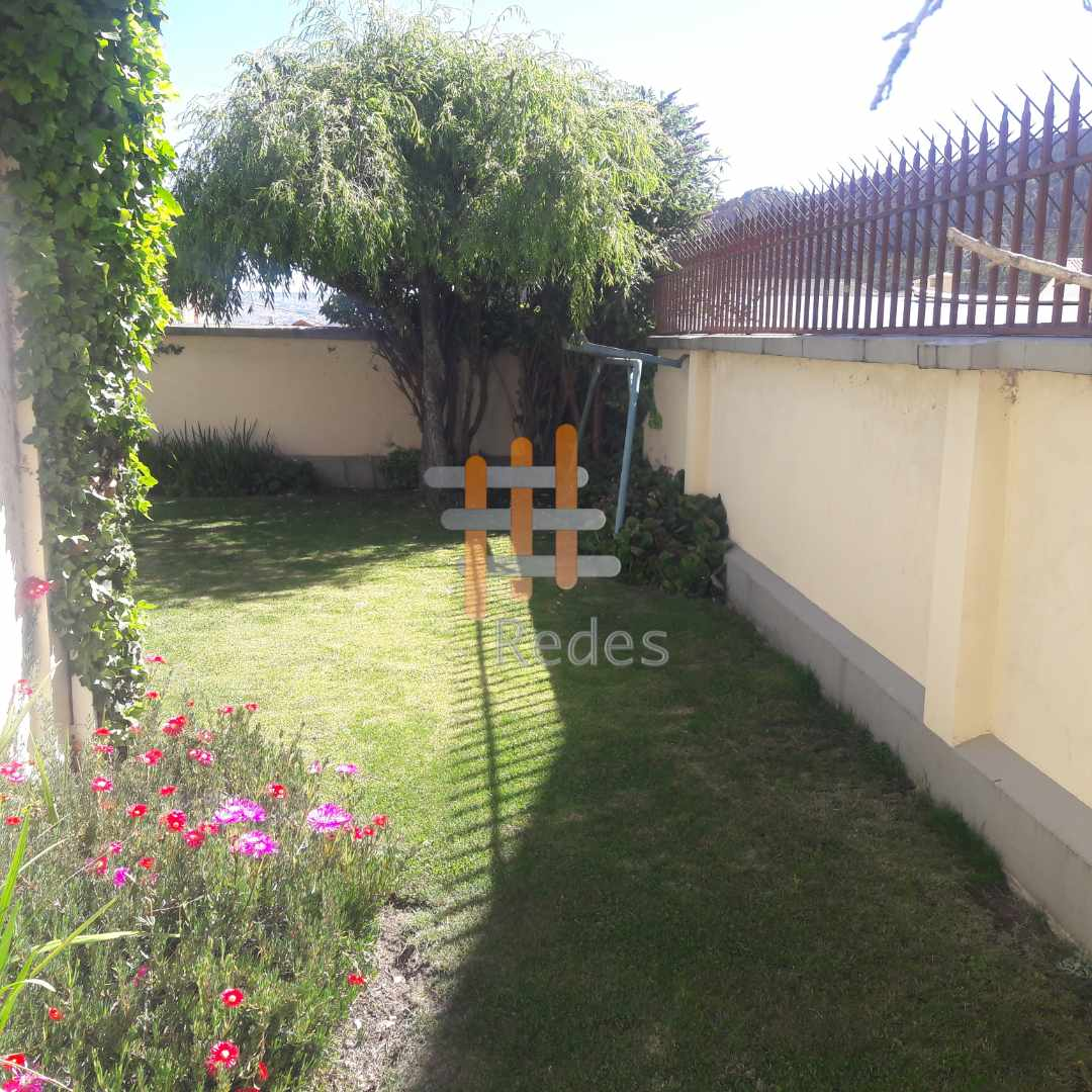 Casa en Alquiler PRECIOSA RESIDENCIA EN JARDINES DEL SUR EN ALQUILER Foto 16