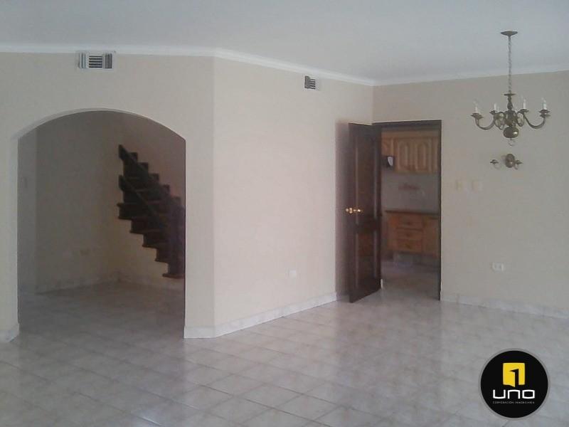 Casa en Alquiler Barrio Las Palmas; Zona Oeste Foto 4