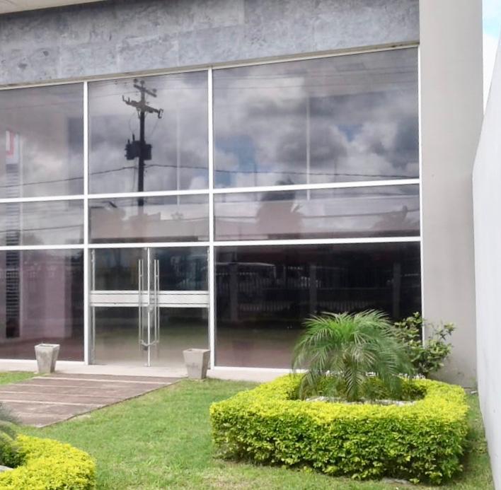 Oficina en Alquiler SOBRE AV. BANZER, ALQUILO DEPÓSITOS CON OFICINAS DE LUJO Foto 4