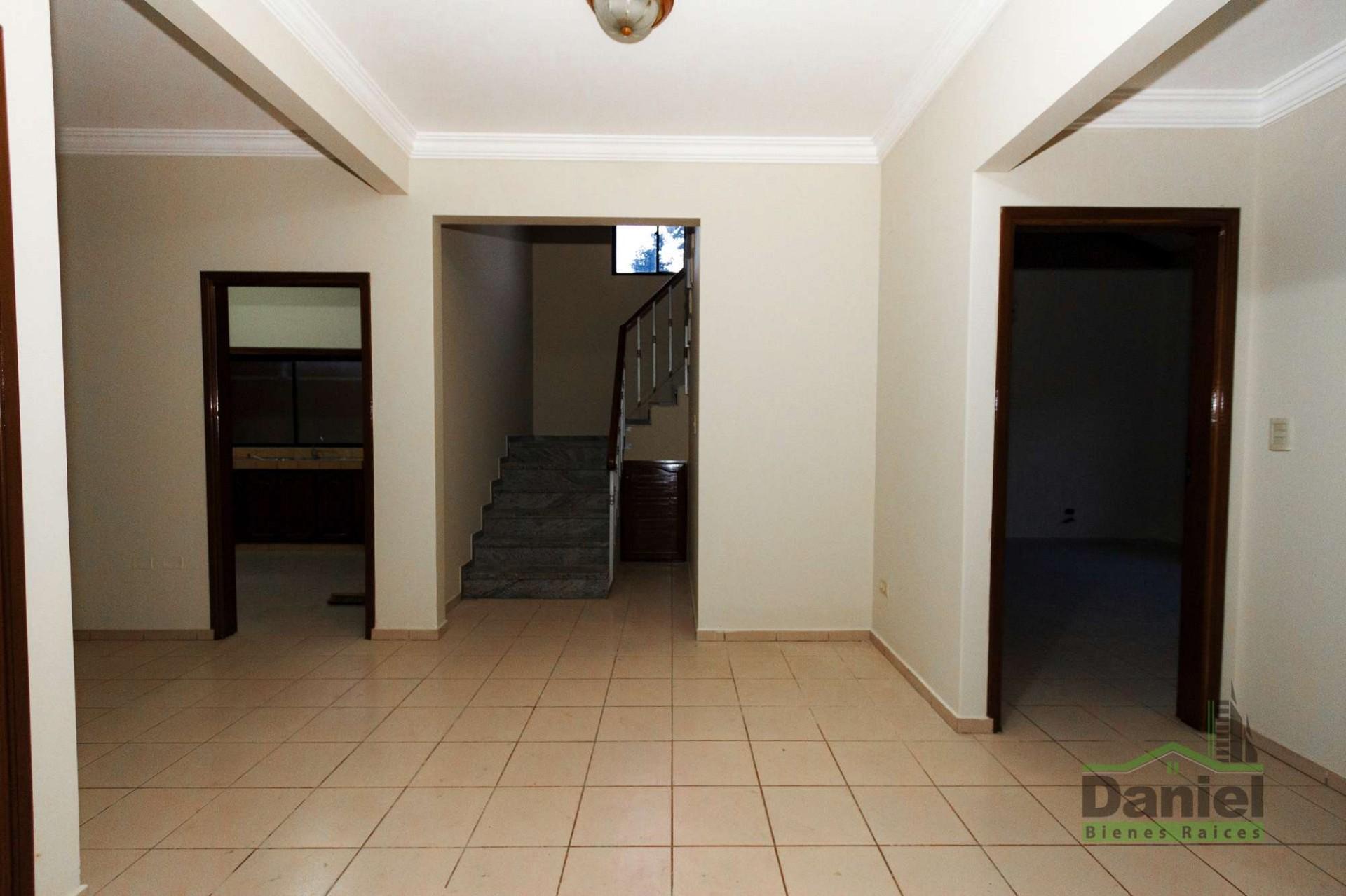 Casa en Venta CASA GRANDE ENTRE 4TO Y 5TO ANILLO RADIAL 27 Foto 17