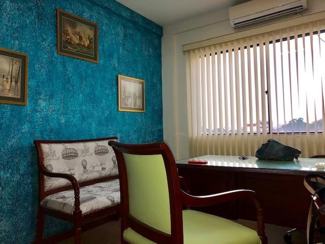 Oficina en Alquiler AVENIDA MONSEÑOR RIVERO  Foto 4