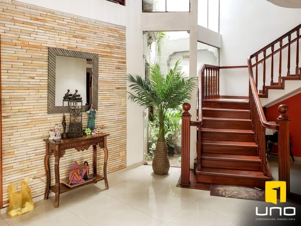 Casa en Venta Hermosa casa en venta Z/Sur a solo 100mts del Parque Urbano Foto 19