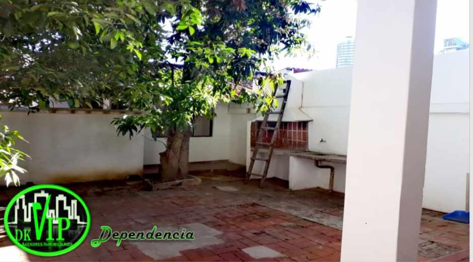Casa en Alquiler Equipetrol 3er y 4to Anillo Foto 5