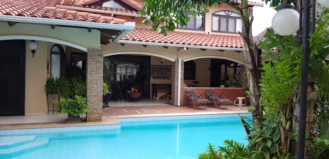 Casa en Alquiler BARRIO LAS PALMAS Foto 12