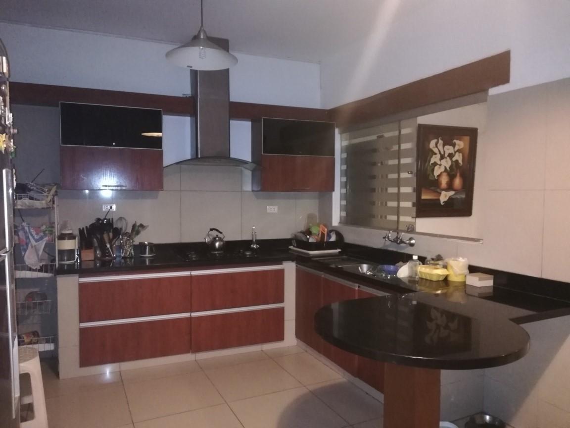 Casa en Venta  2do y 3er anillo Av. La Barranca Foto 8