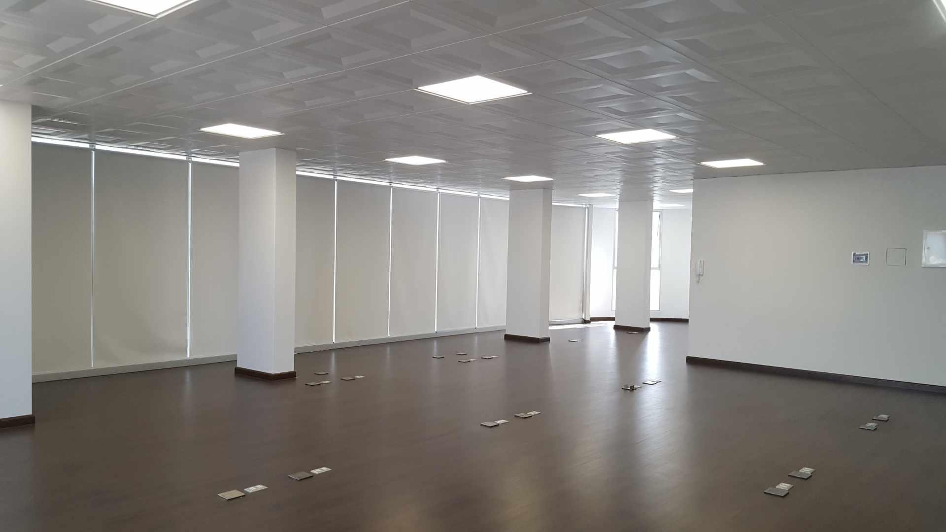 Oficina en Alquiler $U$.-1.400 PRECIOSA OFICINA EN ALQUILER ZONA CINE CENTER Foto 2