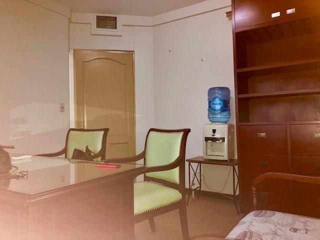 Oficina en Alquiler AVENIDA MONSEÑOR RIVERO  Foto 2