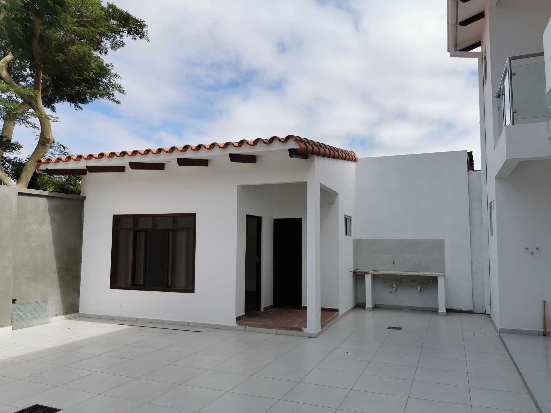 Casa en Venta VILLA 1ERO DE MAYO Foto 9