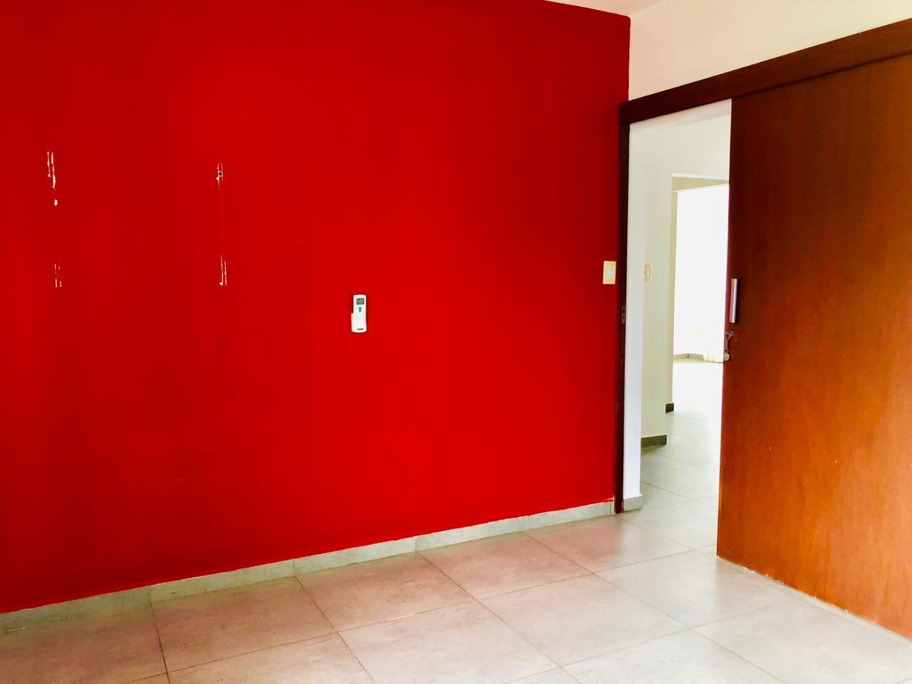Casa en Alquiler Zona Urubo - Condominio Jardines del Urubo - lado de Restaurante Casa del Camba - a 1 minuto del Puente principal. Foto 6