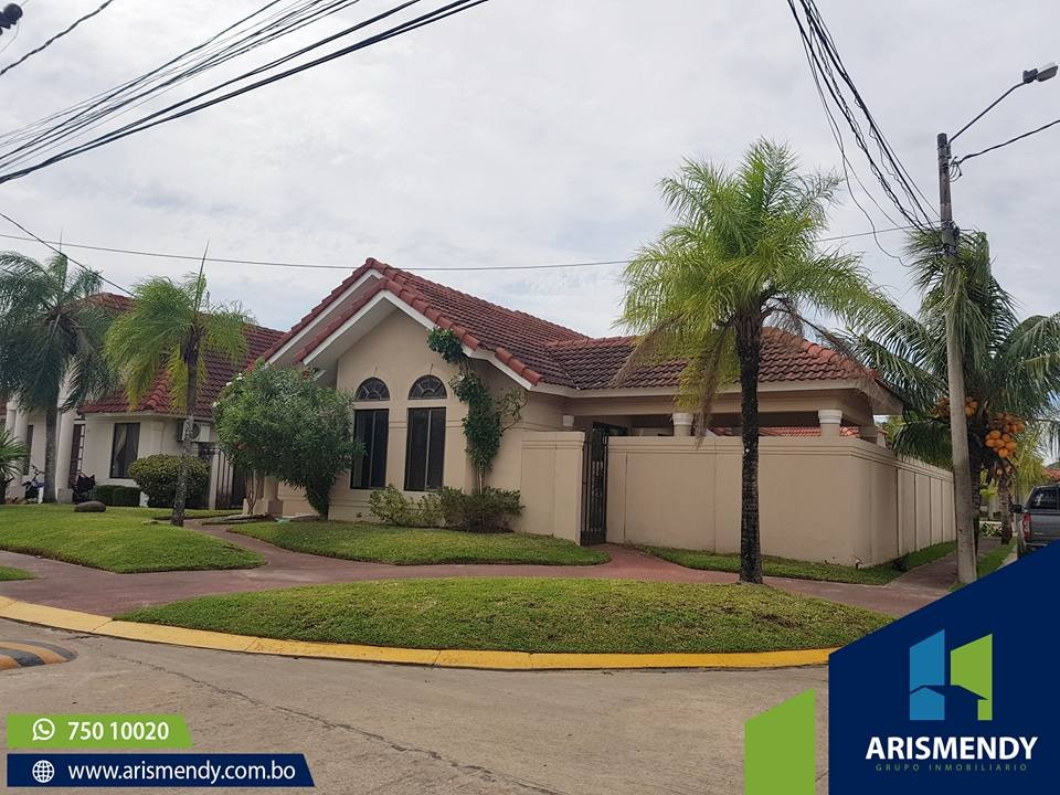 Casa en Venta AV. BANZER- 7MO ANILLO Foto 10