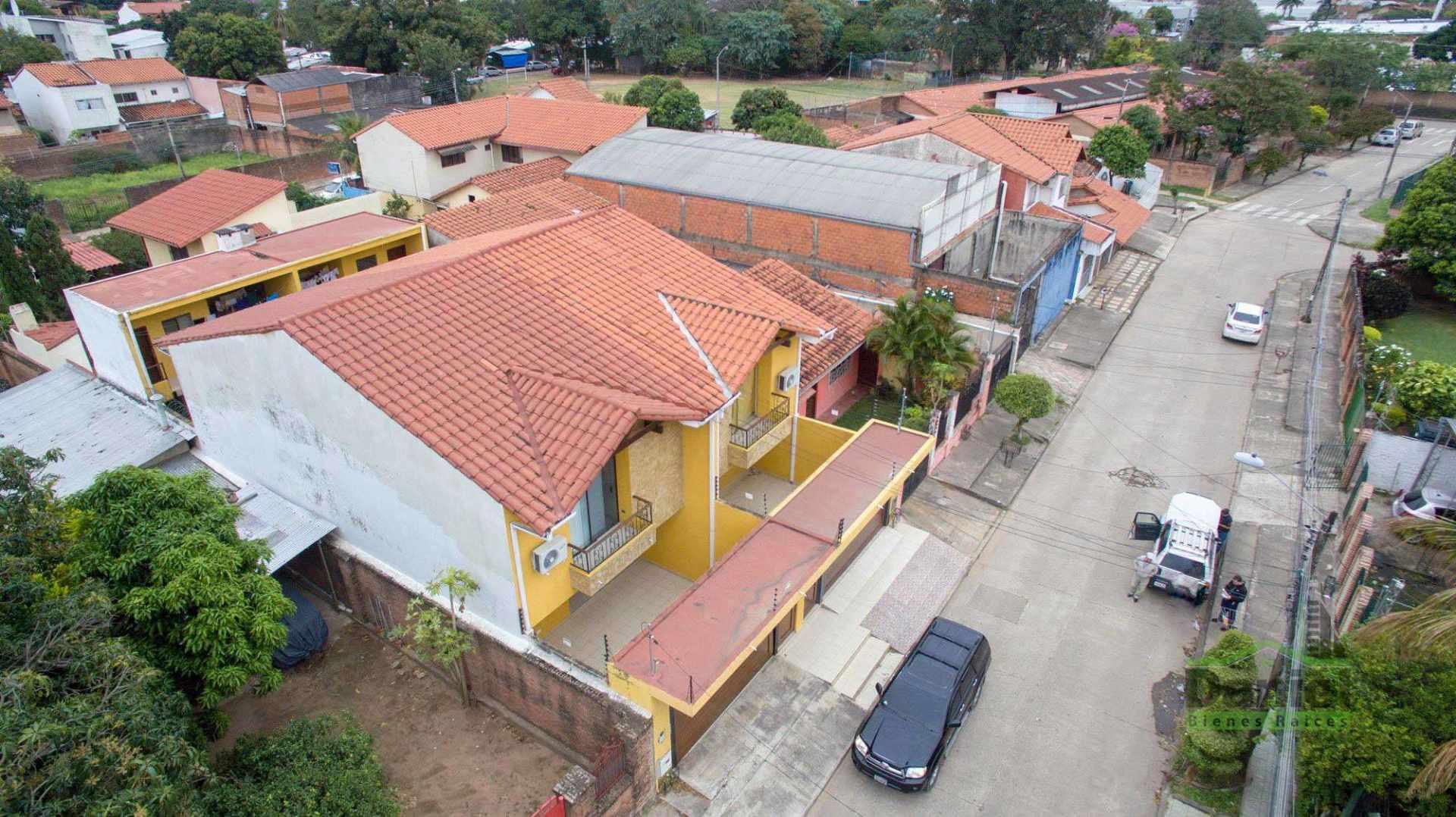 Casa en Venta EN VENTA BONITA CASA RADIAL 27 Y CALLE LOS GUAPOS Foto 18