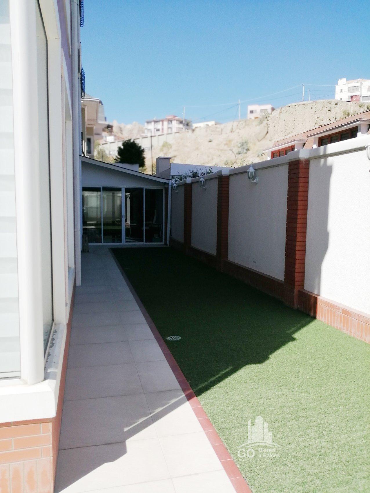 Departamento en Anticretico Calle 13 de Calacoto, Zona Sur, La Paz-Bolivia Foto 2