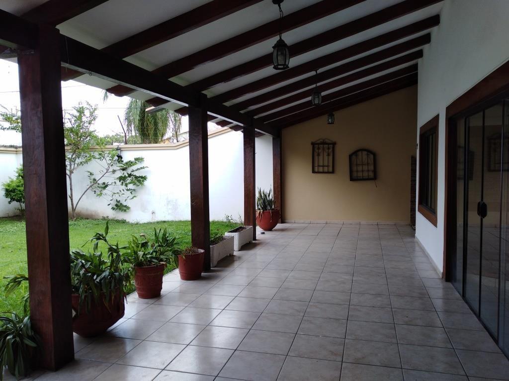 Casa en Alquiler ALQUILO LINDA CASA EN BARRIO PETROLERO SUR (POLANCO) Foto 9