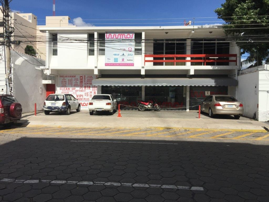 Local comercial en Venta Calle Rene Moreno 50 Foto 2