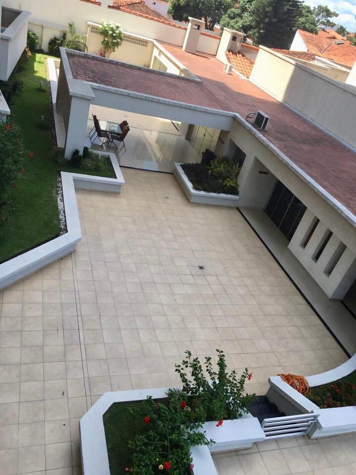 Departamento en Venta ZONA SUR, AVENIDA LAS AMERICAS Foto 4