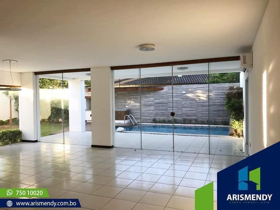 Casa en Alquiler TERCER ANILLO AV. BUSH  Foto 2