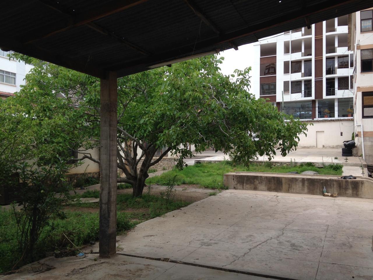 Terreno en Venta BARRIO PETROLERO, AV. LAS AMERICAS, CALLE MÉXICO. Foto 6