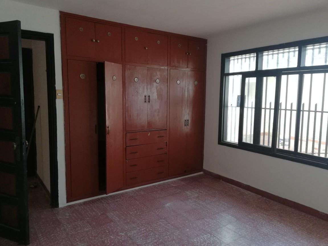Casa en Alquiler AV. ALEMANA 3ER ANILLO Foto 4